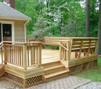 cedar deck with Bench 003